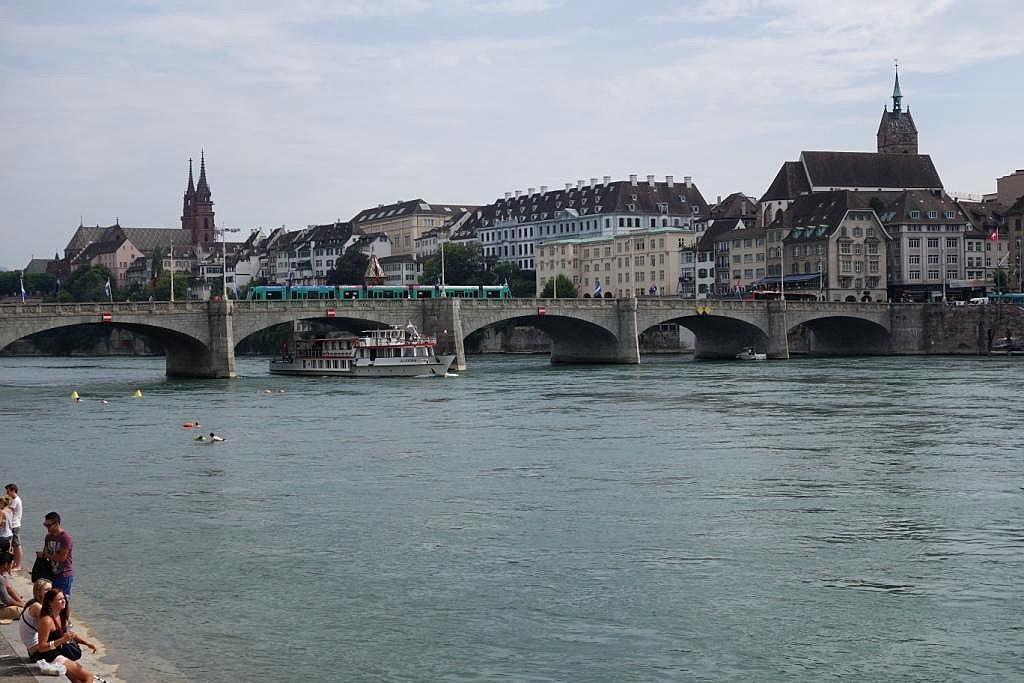 Basel_rhein